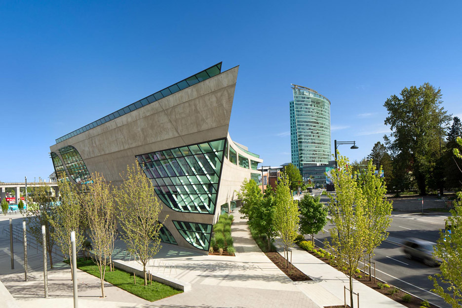 Surrey City Centre Library (with Central City Shopping Centre in the background)