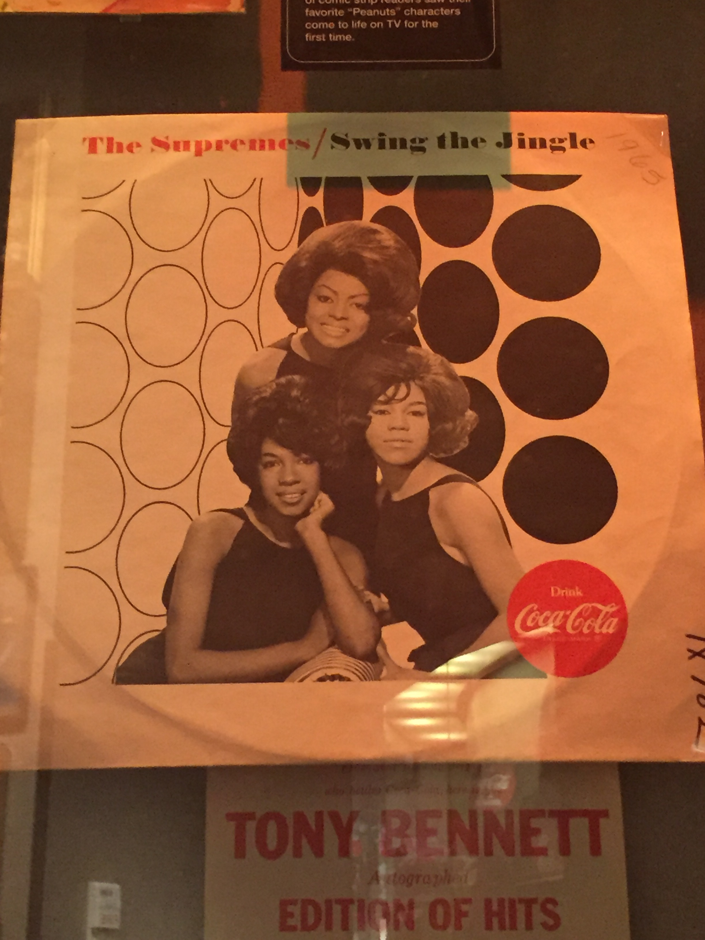 The Supremes Swing the Jingle Coca-Cola record.